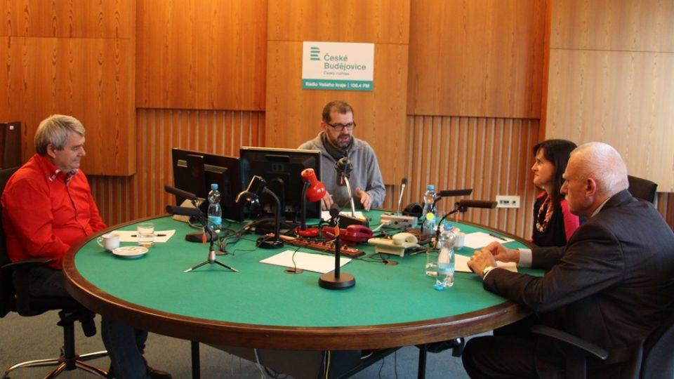 Debaty s jihočeskými poslanci moderuje Filip Černý