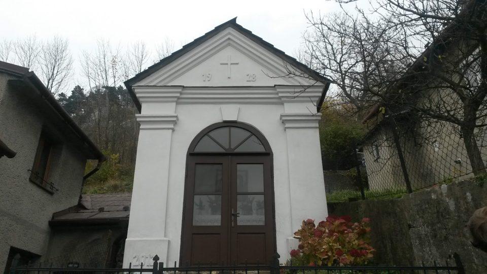 Jedna z obnovených kapliček, původně postavená Jezuity, poprvé rekonstruovaná v roce 1928