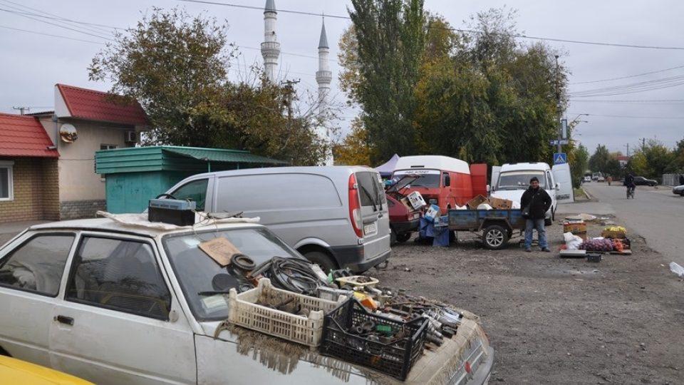 Tržnice ve vesnici Novoalexejevka