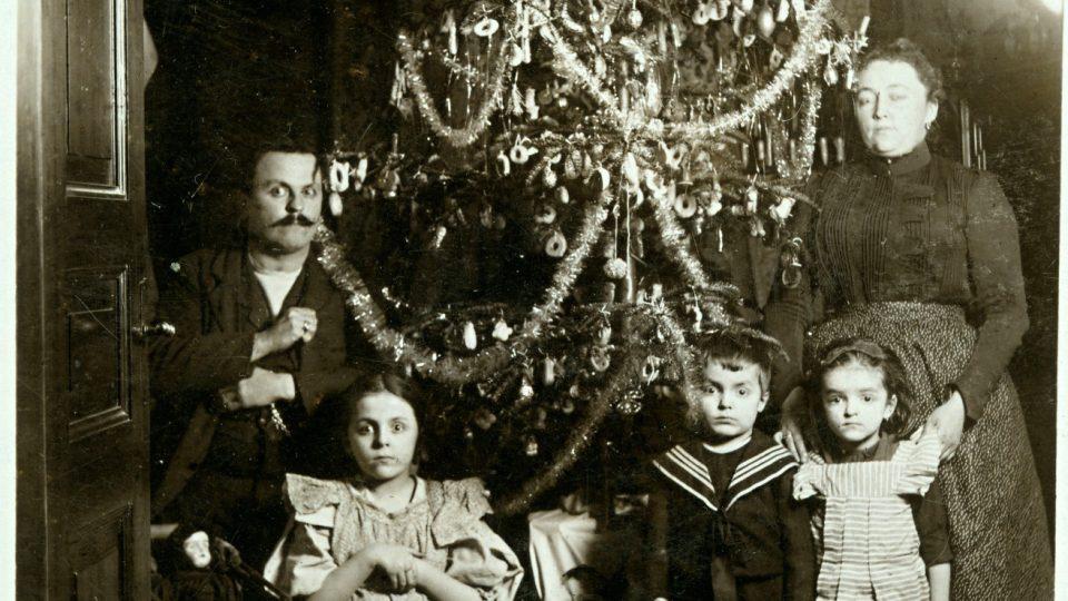 František Blöschl s chotí Marií roz. Turnwaldovou. Vánoce 1901