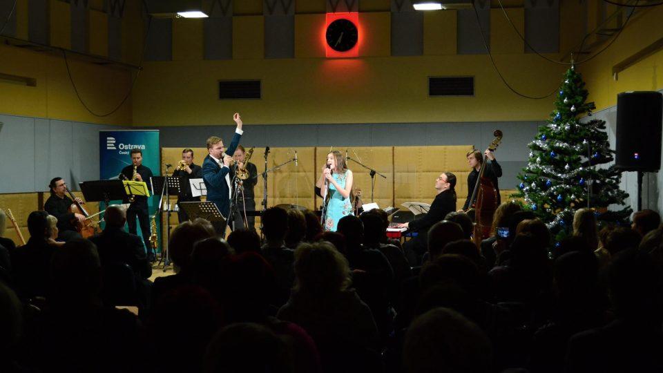 Adventní koncert Martina Chodúra s kapelou MACH ve Studiu 1