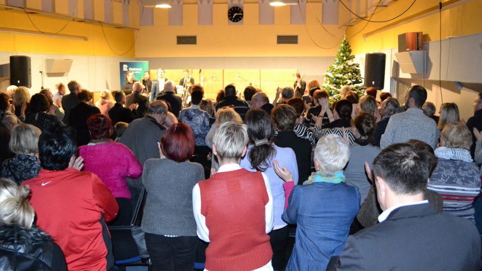 Potlesk ve stoje, diváci byli opravdu velmi nadšeni!