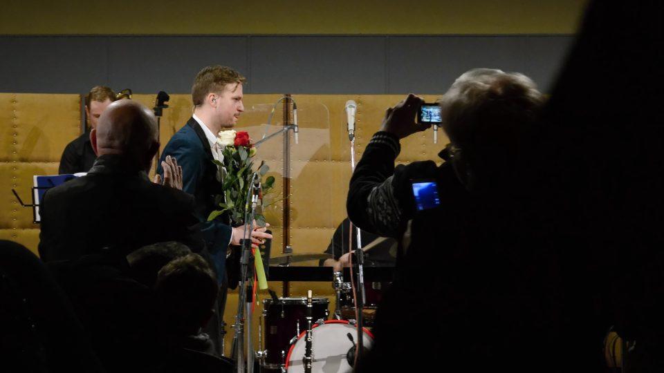 Martin Chodúr dostal v závěru koncertu několik kyticí