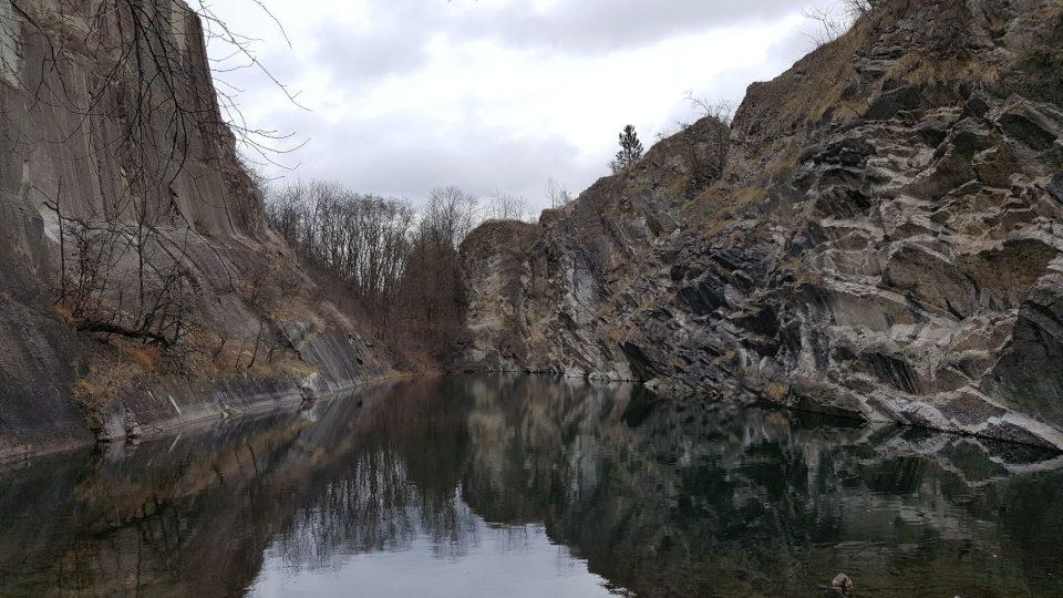 Jezírko v Prokopském údolí