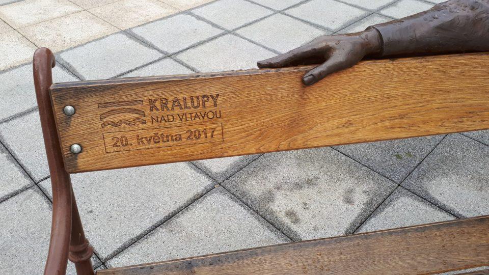 Datum umístění na náměstí