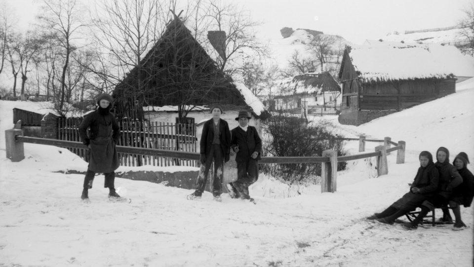 Plzeň-Litice, staré domky. Foto z roku 1918