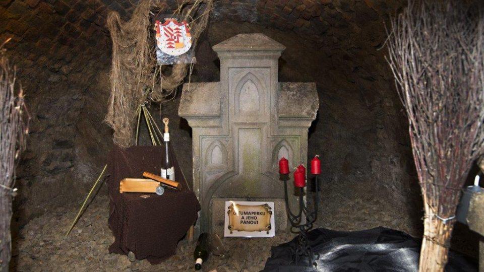 Pro expozici se využily i vysloužilé náhrobky