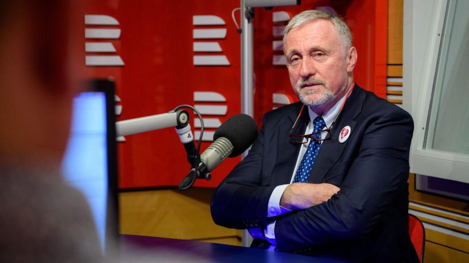 Mirek Topolánek ve Dvaceti minutách Radiožurnálu