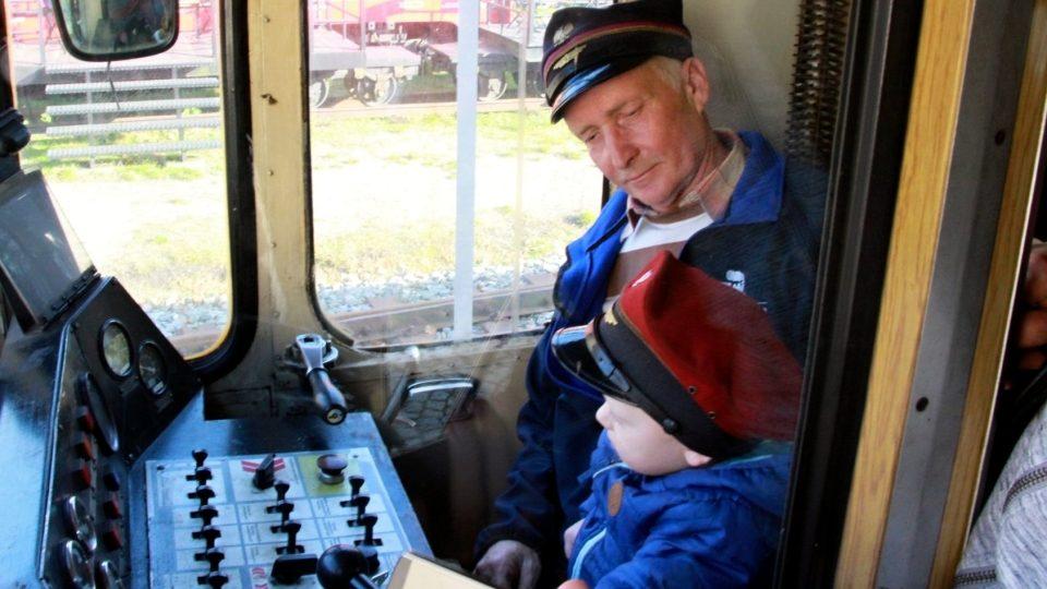 Marian dělá na trati radost sobě i nejmenším cestujícím