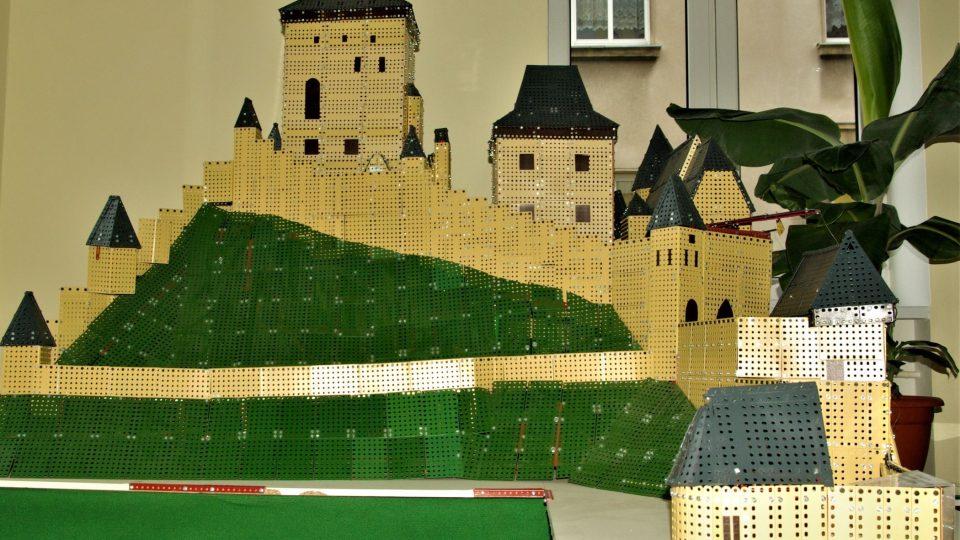 Hrad Karlštejn ze stavebnice Merkur