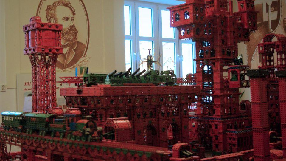 Konstrukce Ocelového města je zapsaná v Guinessově knize rekordů