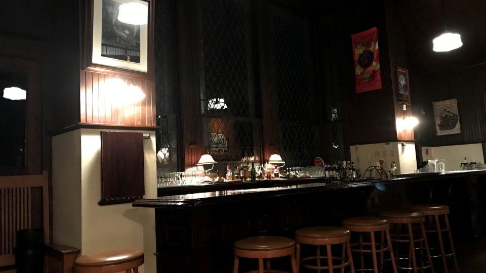 Interiér restaurace v Lake Louise