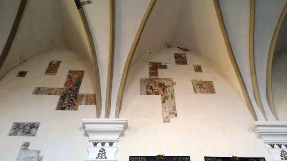 Kostel sv. Prokopa ve Strakonicích čeká revitalizace. Fresky se budou dále odkrývat a restaurovat