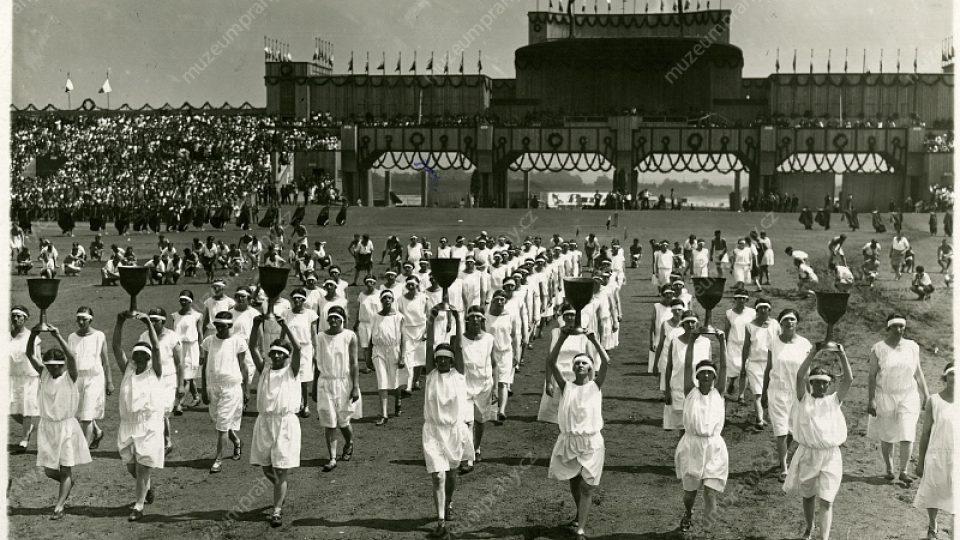Image result for strahovsky stadion všesokolský slet