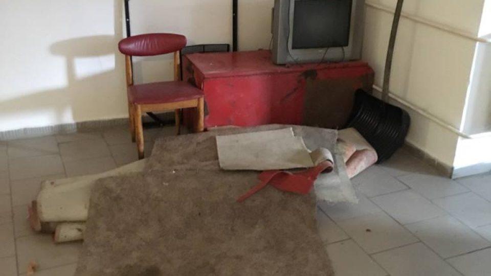 Podmínky v ubytovně v Benešově nad Černou