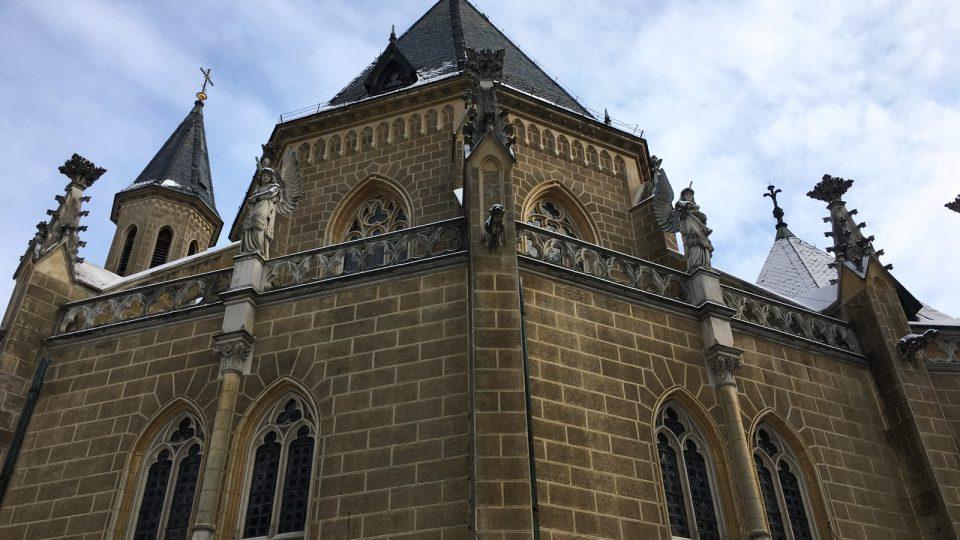 Záznam zvonů ve věži kaple Schwarzenberské hrobky v Třeboni
