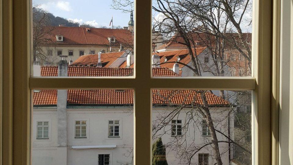 Pohled z vily směrem k Čertovce