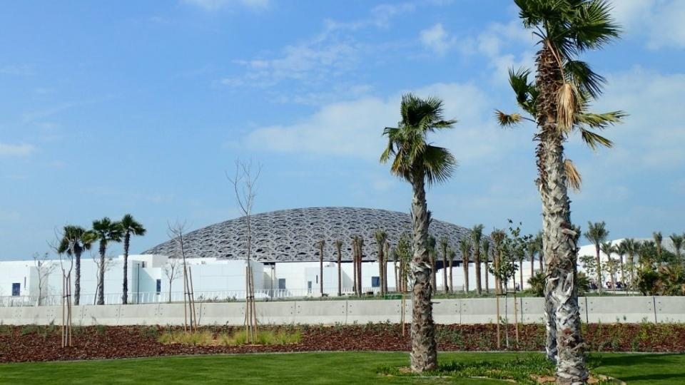 Muzeum Louvre v Abu Zabí