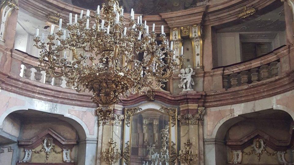 Taneční sál v autentickém stavu z roku 1737