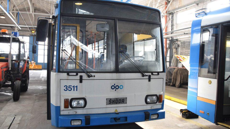 Trolejbus Škoda 15 Tr z roku 1991