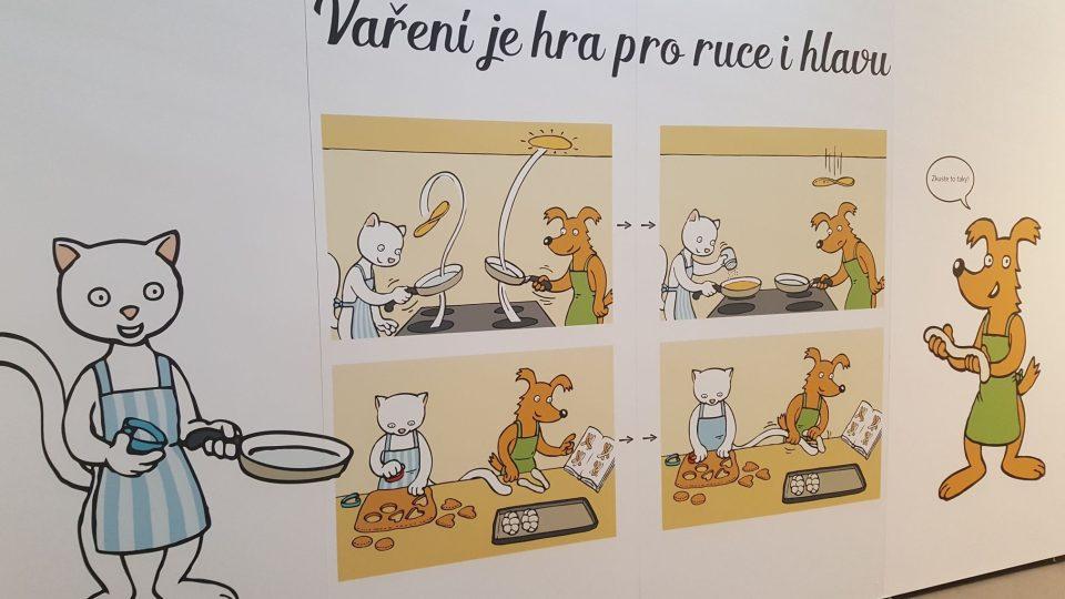 Expozicí gastronomie provází pejsek s kočičkou