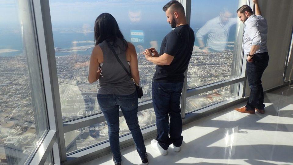 Výška 555 metrů vzbuzuje respekt