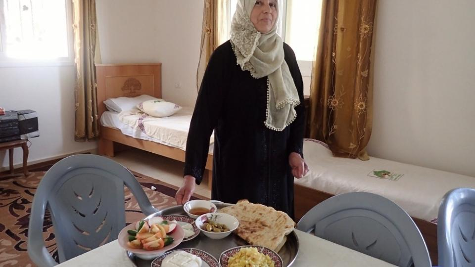 Kdo se ubytuje u paní Zarífy, může se těšit na pravou palestinskou snídani