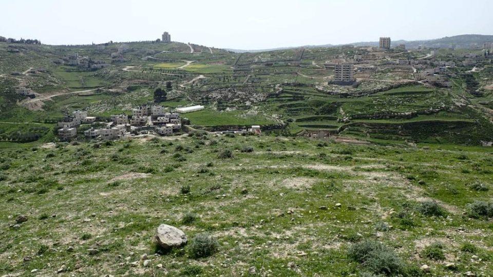Je to jediná cesta, po které se pohybujeme úplně svobodně a bez vojenských kontrol, oceňují Palestinci novou Abrahámovu stezku