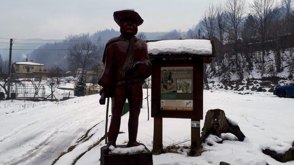 Zbojník Ondráš zve všechny turisty k procházce Stezkou pokladů Godula