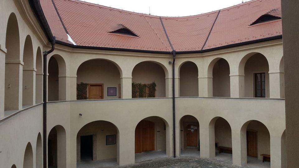 Středočeské muzeum v Roztokách u Prahy má otevřeno celoročně od středy do neděle