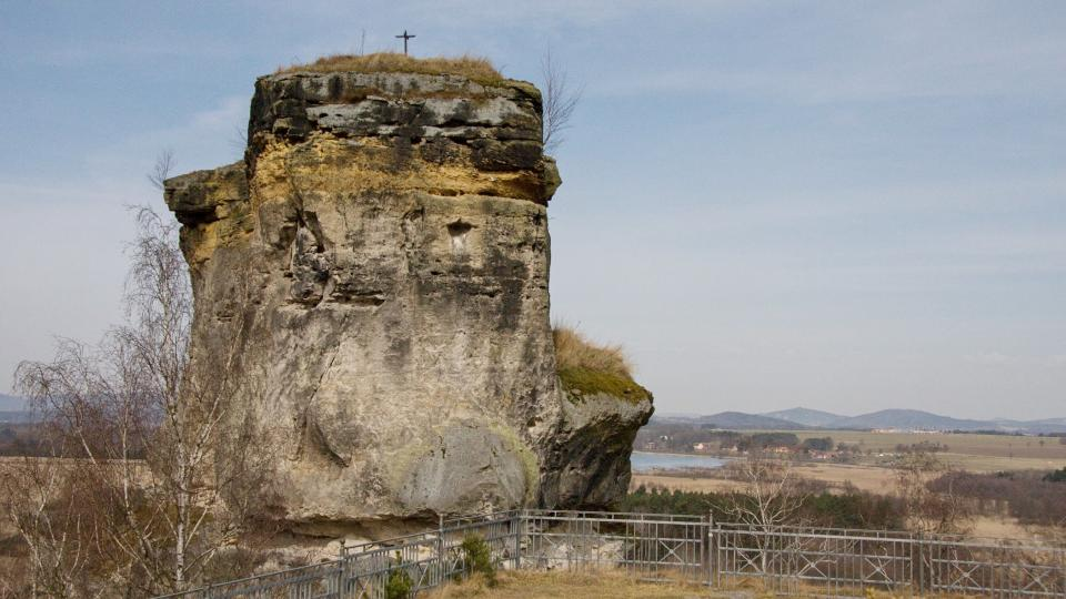 Vyšší skalní blok je nepřístupný
