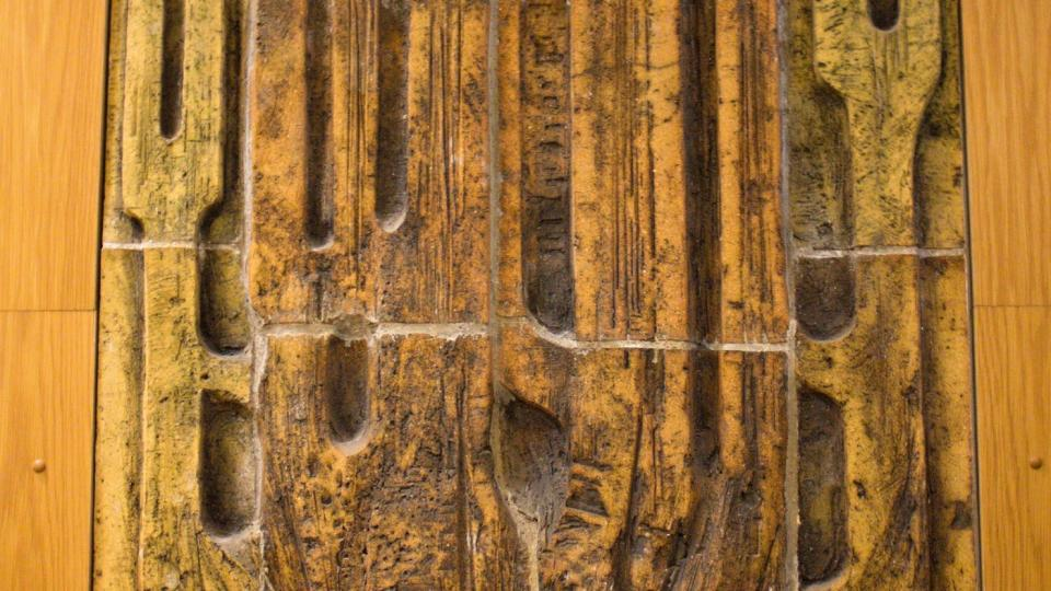 Zajímavý detail dekorace hradeckého rozhlasového domu