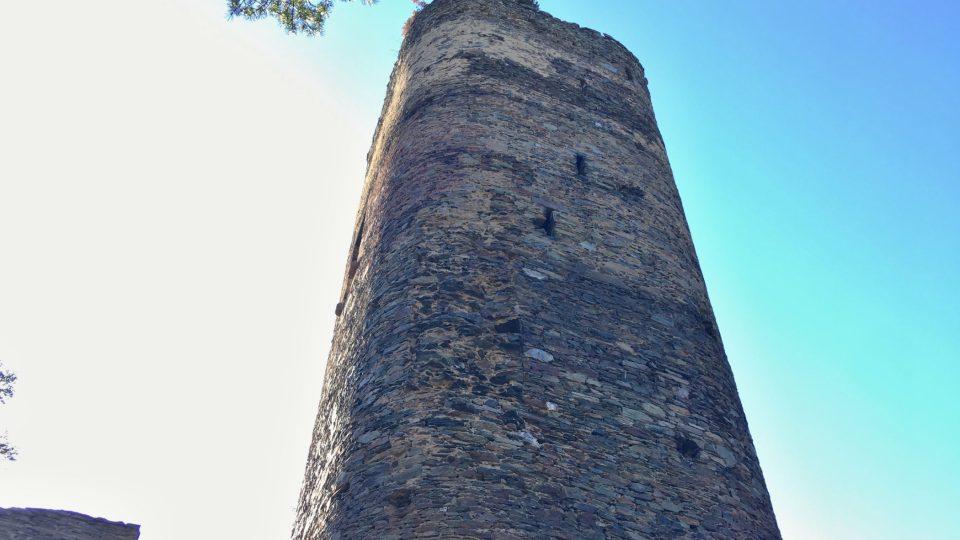 Věž je nedobytná