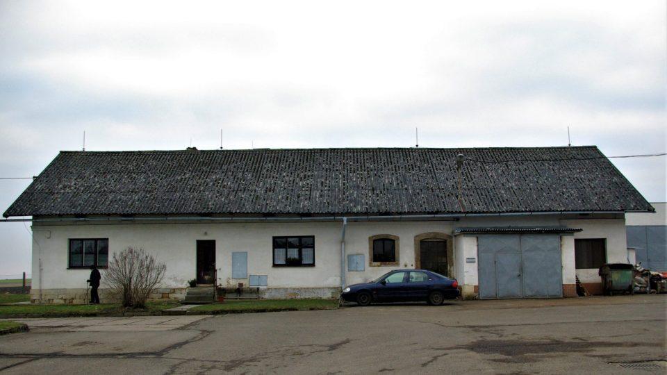Současná podoba domu ve Studeňanech, kde umělci natrvalo žili od roku 1940