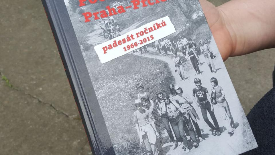 Kniha Pochod Praha - Prčice vyšla k 50 výročí pochodu v roce 2015