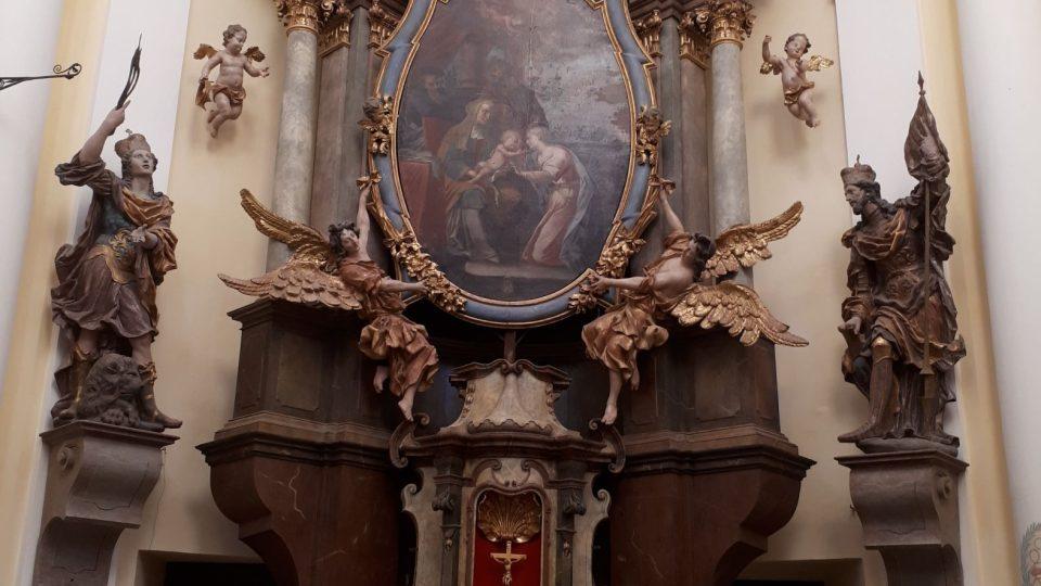 Centrální oltář