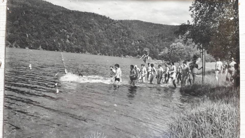 Některým Železným mužům se do vody v roce 1980 nechtělo. Měla totiž jen 17°C