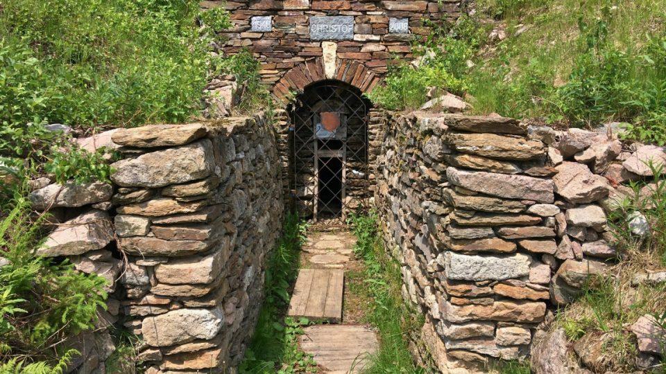 Původní vstup do štoly Kryštof
