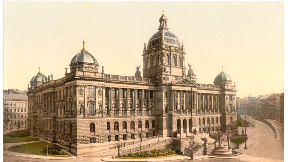 Národní muzeum, dříve Muzeum království Českého, cca 1900