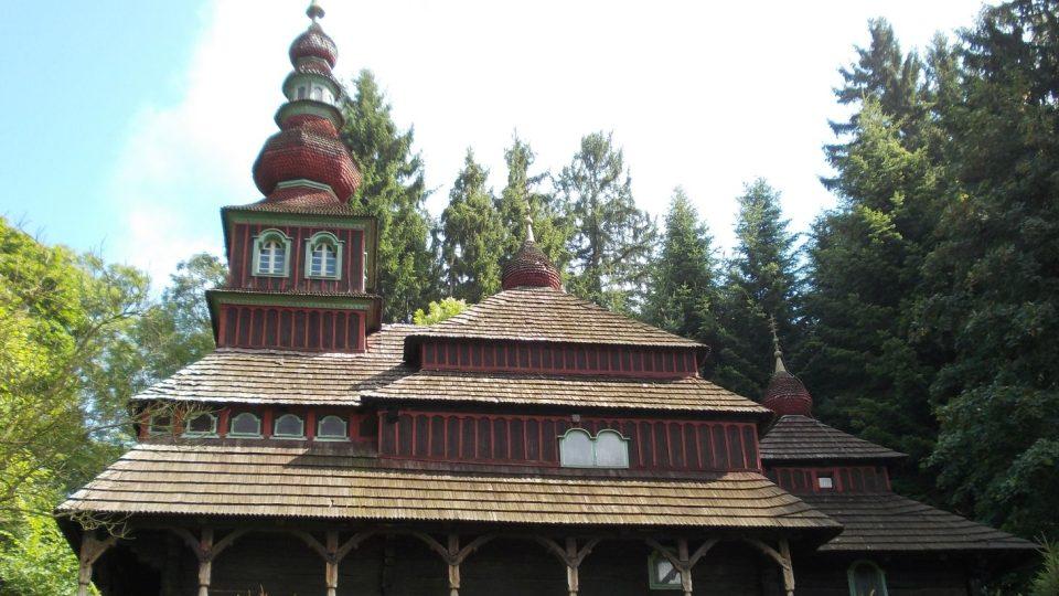 Kostel Proměnění Páně a svatého Mikuláše v Nové Pace