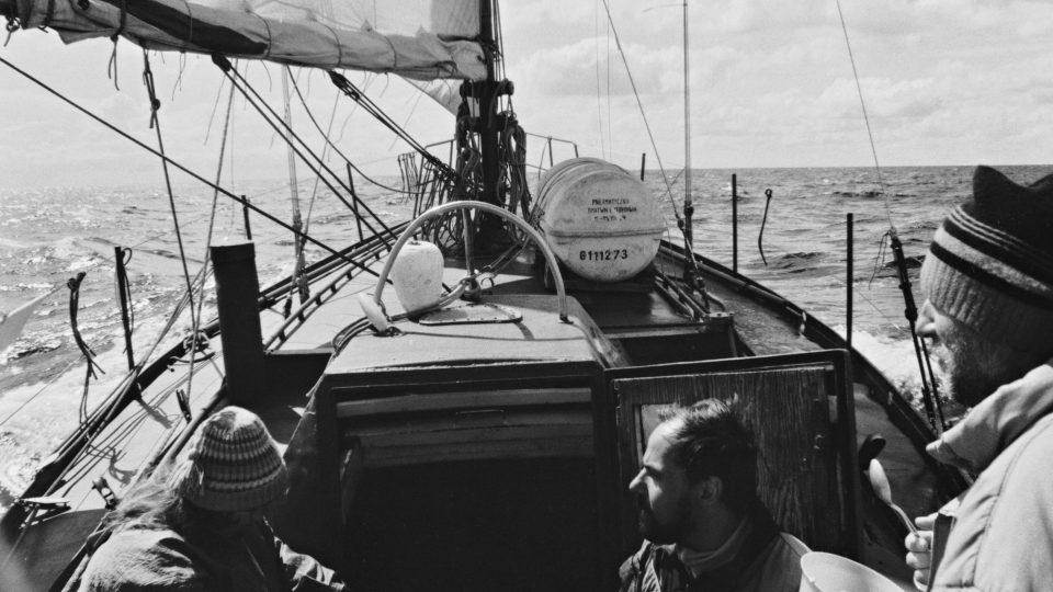 Suchá plavba na Polárce. Plachetnici postavil mořeplavec Rudolf Krautschneider