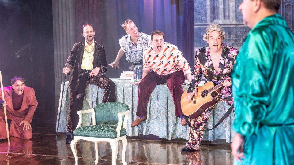 Divadlo pod Palmovkou: Zkrocení zlé ženy, režie: Michal Lang