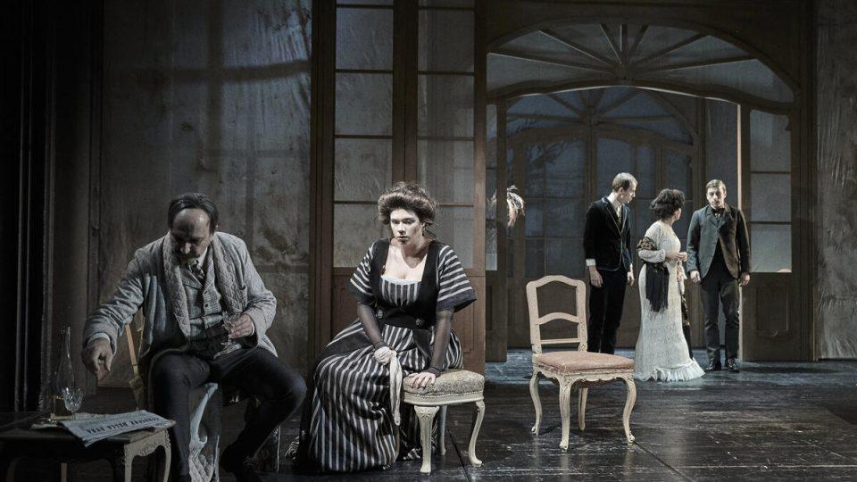 Divadlo v Dlouhé, Zítřek se nekoná, režie Hana Burešová