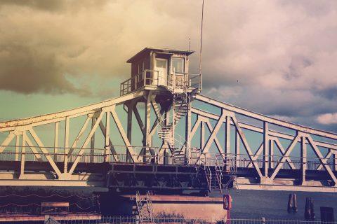 zeleznicni_most.jpg