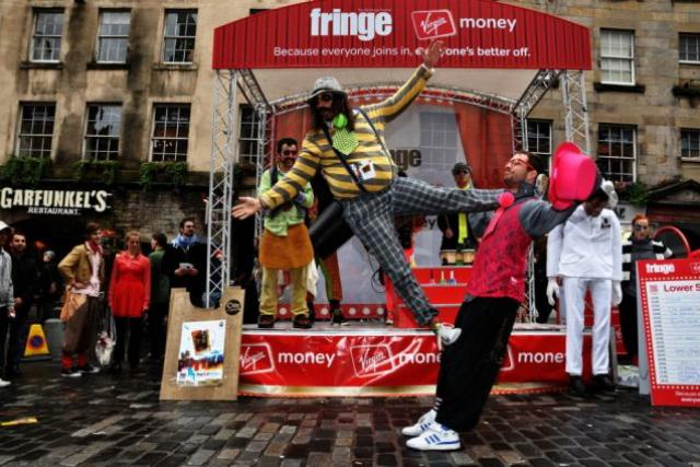 Festival Fringe v Edinburghu. Ilustrační foto