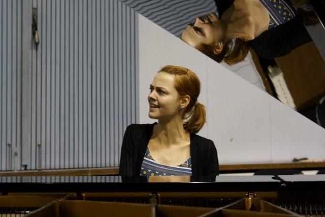 Bára Zmeková  (Studio A,  Karlín)   foto: Aleš Opekar,  Český rozhlas