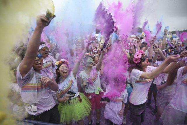 Takhle se bavili účastnící Color Runu v Tokiu