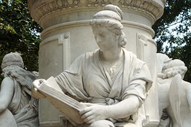 Alegorie vědy (Goethův památník v Berlíně, 1880)