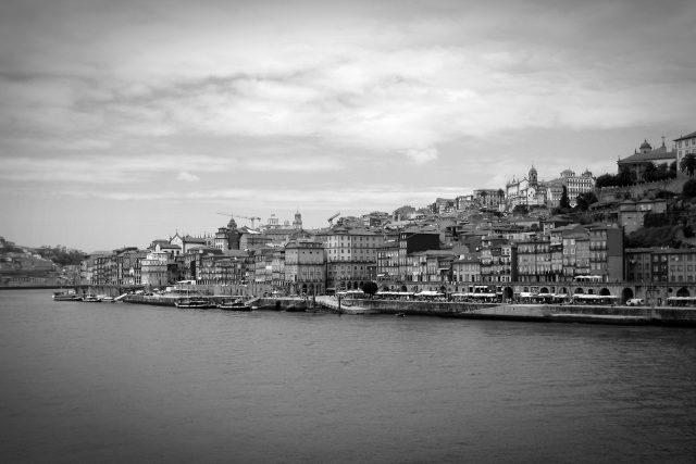 Portugalsko, přístav (ilustrační foto)