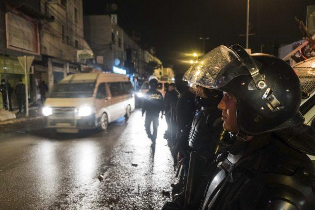V Tunisku se vydávají za noci do ulic řady měst tisíce lidí, aby protestovali proti prudkému zvýšení cen zboží